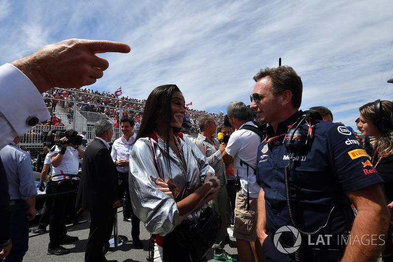 Winne Harlow, and Christian Horner, Red Bull Racing Team Principal on the grid