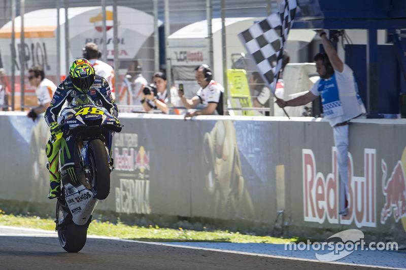 Le vainqueur Valentino Rossi, Yamaha Factory Racing