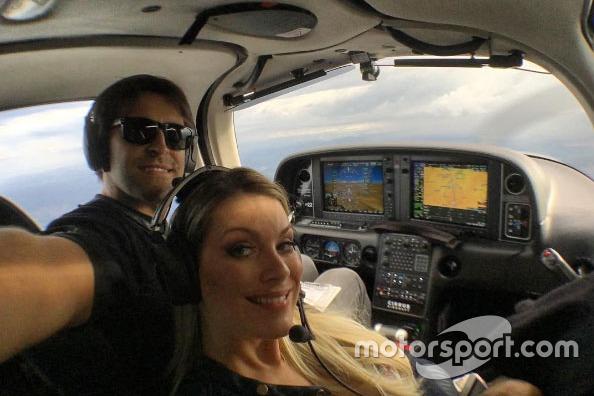 Átila Abreu voa com Renata Fan