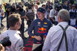 Race winner Max Verstappen, Red Bull Racing celebrates with Christian Horner, Red Bull Racing Team Principal and Dr Helmut Marko, Red Bull Motorsport Consultant
