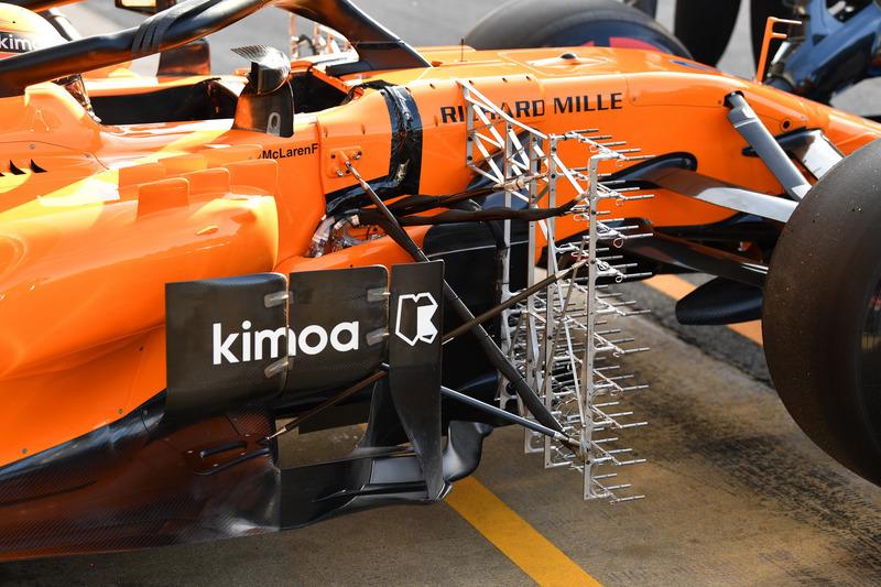 Stoffel Vandoorne, McLaren MCL33, avec des capteurs aérodynamiques