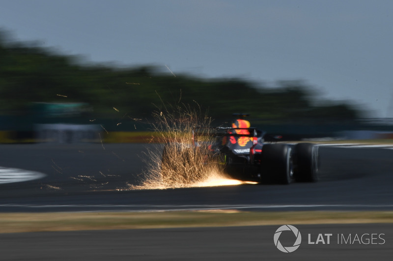 6: Daniel Ricciardo, Red Bull Racing RB14, 1'27.099