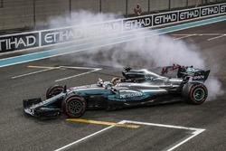 Lewis Hamilton, Mercedes-Benz F1 W08  performs donuts in parc ferme