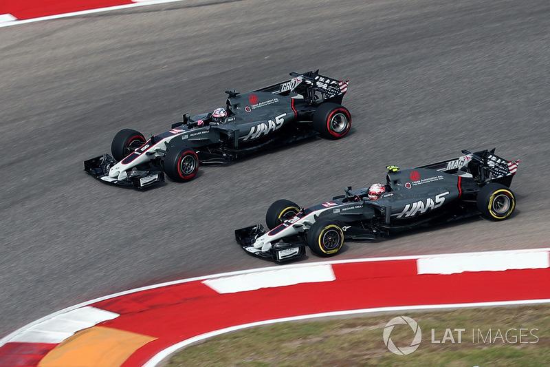 Kevin Magnussen, Haas F1 Team VF-17 and Romain Grosjean, Haas F1 Team VF-17