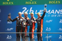Подіум LMP2 podium: Роман Русінов, Андреа Піццитола, Жан-Ерік Вернь, G-Drive Racing