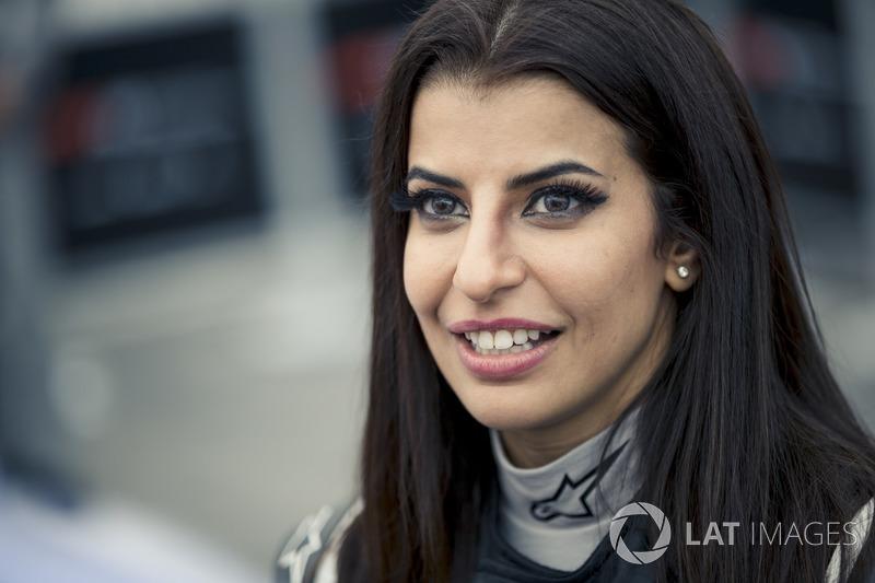 Aseel Al-Hamad, membre du conseil d'administration de la fédération saoudienne automobile, et représentante de l'Arabie Saoudite à la commission femmes de la FIA