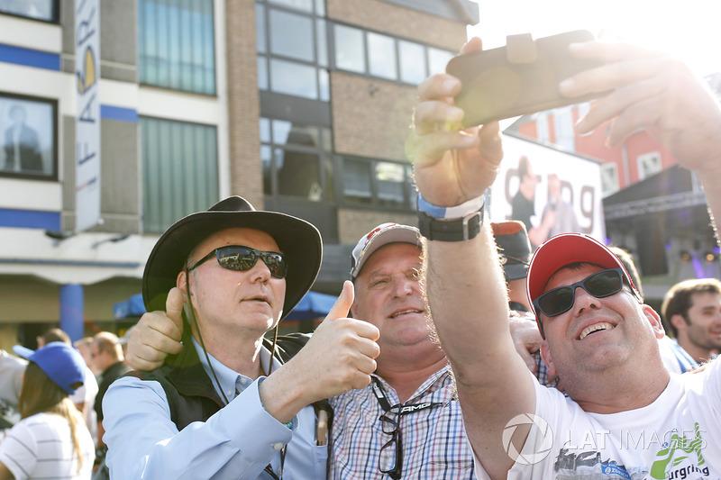 Cameron Glickenhaus., Scuderia Cameron Glickenhaus con fans
