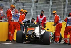 Lewis Hamilton, Mercedes AMG F1 W07 Hybrid crash