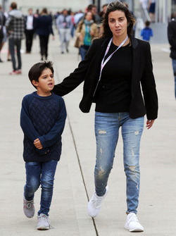 Rafaela Bassi, with her son Felipinho Massa,