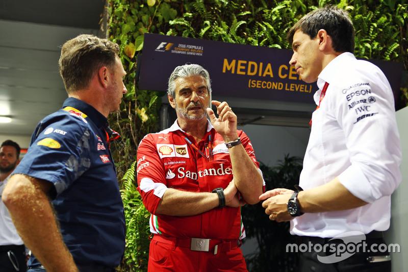 Christian Horner, Red Bull Racing director del equipo con Maurizio Arrivabene, Ferrari director del equipo con Toto Wolff, Mercedes AMG F1 Accionista y Director Ejecutivo
