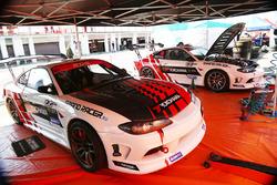 Машины Nissan Silvia S15 Екатерины и Максима Седых