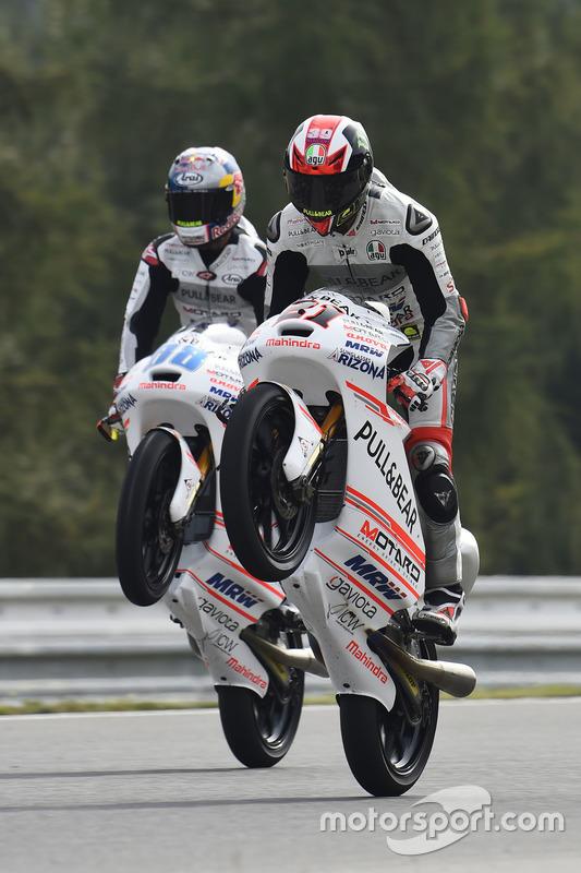 Francesco Bagnaia, Aspar Team Mahindra; Jorge Martin, Aspar Team Mahindra