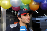 Carlos Sainz Jr., Scuderia Toro Rosso celebrates his birthday