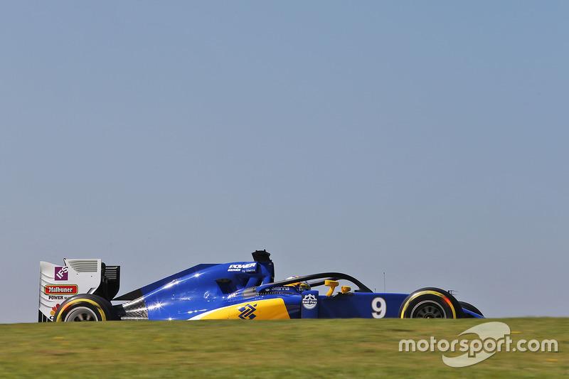 Маркус Эрикссон, Sauber F1 C35 с установленной системой Halo
