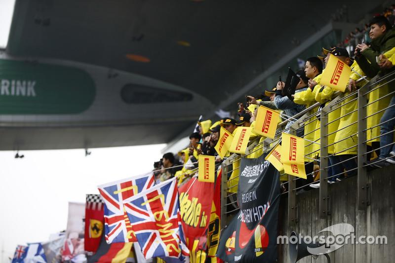 Fans von Lewis Hamilton, Mercedes AMG