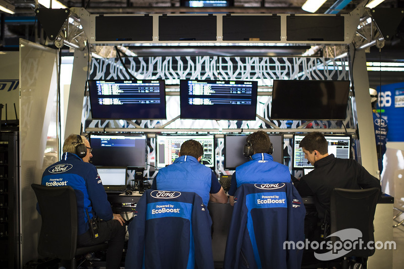 Ford Chip Ganassi Racing team