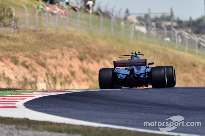 Valtteri Bottas, Mercedes-Benz F1 W08  sparks