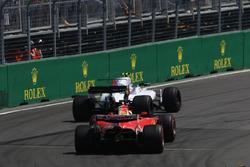 Ленс Стролл, Williams FW40, Себастьян Феттель, Ferrari SF70H