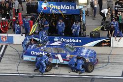 Pit stop, Elliott Sadler, JR Motorsports Chevrolet
