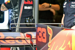 The engine cover fin detail of Max Verstappen, Red Bull Racing RB13