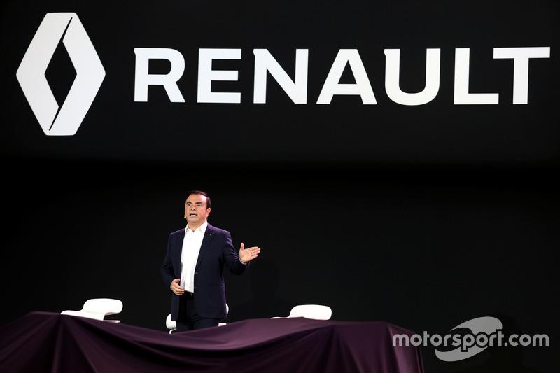 Голова Renault Карлос Гон