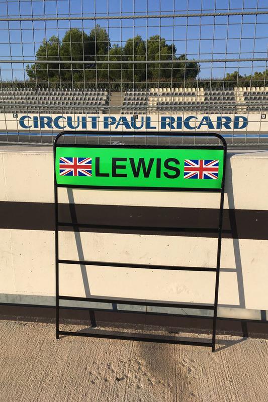 Lewis Hamilton, Mercedes AMG F1 pitboard