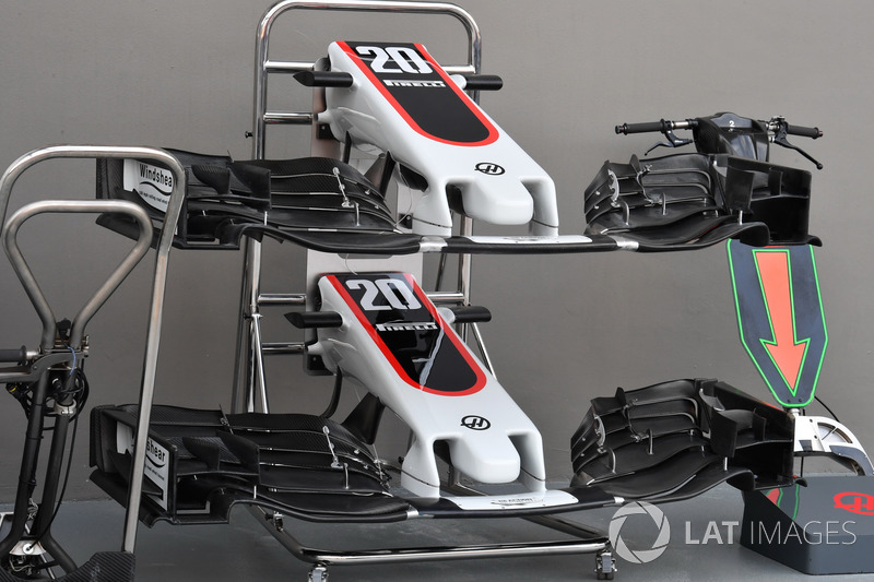 Haas F1 Team VF-17 nose and front wings
