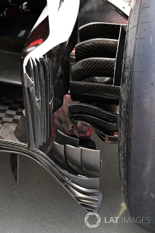 Ferrari SF70H rear brake duct detail