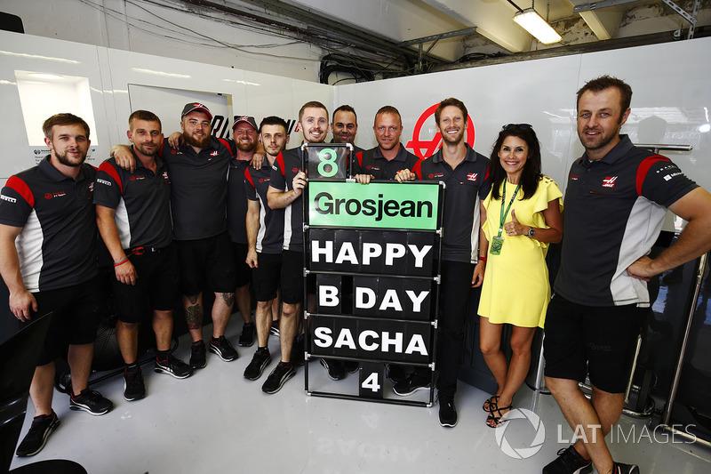 Un mensaje de cumpleaños de Sacha, hijo de Romain Grosjean, Haas F1 Team
