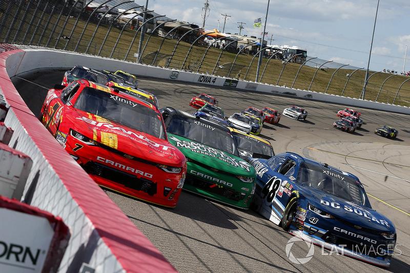 Justin Allgaier, JR Motorsports Chevrolet, Daniel Hemric, Richard Childress Racing Chevrolet, Brenna