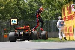 Max Verstappen, Red Bull Racing RB13 abandonne