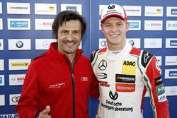 Mick Schumacher, Prema Powerteam, Dallara F317 - Mercedes-Benz met Stéphane Ortelli