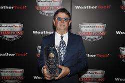 Wayne Taylor with VP Racing Fuels Front Runner award