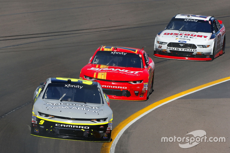 William Byron, JR Motorsports, Chevrolet; Justin Allgaier, JR Motorsports, Chevrolet; Ryan Blaney, Team Penske, Ford