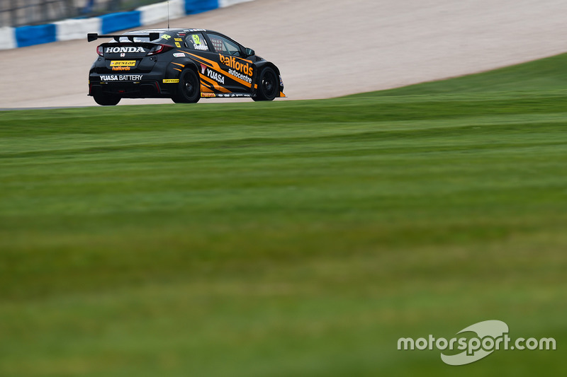 BTCC-Test in Donington