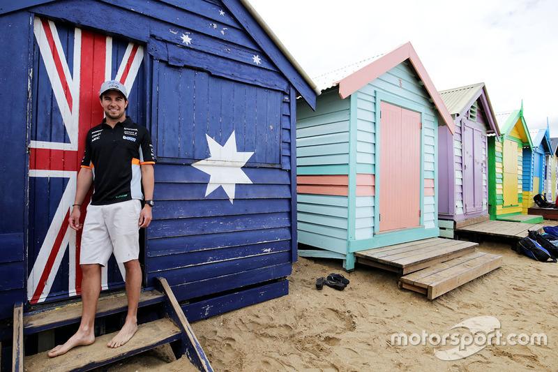 Sergio Pérez, Sahara Force India F1 en la playa de Brighton