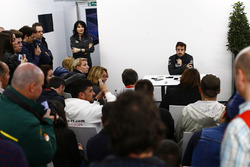 Fernando Alonso, McLaren talks to the media
