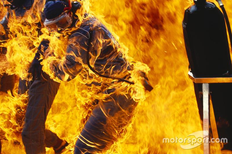 На Гран При Германии-1994 во время пит-стопа Йоса Ферстаппена произошел ставший знаменитым пожар. А еще в той гонке из 28 стартовавших гонщиков до финиша добралось всего восемь