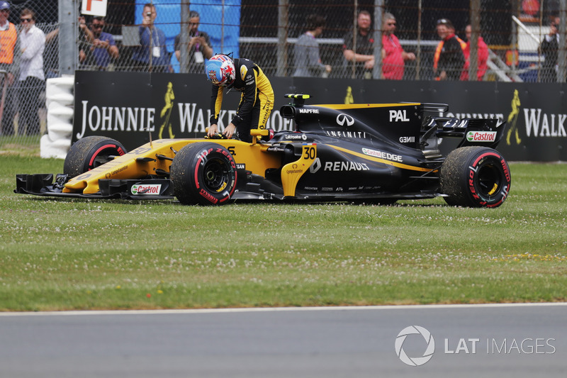 Сход. Джолион Палмер, Renault Sport F1 Team