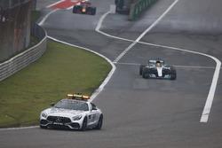 Автомобиль безопасности и Льюис Хэмилтон, Mercedes AMG F1 W08