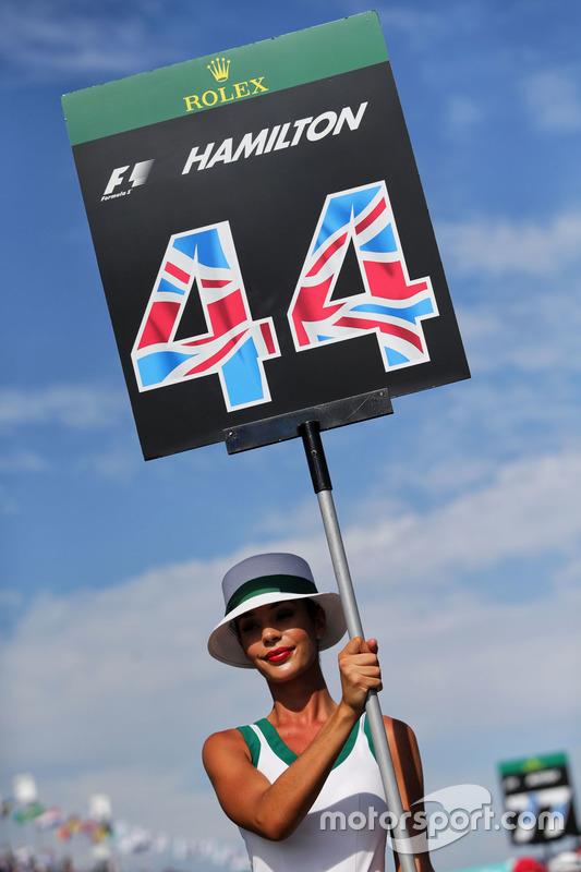 Chivca de la parrilla para Lewis Hamilton, Mercedes AMG F1 W08