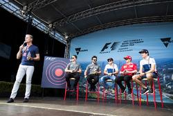 David Coulthard acoge un evento de fan con Stoffel Vandoorne, McLaren, Fernando Alonso, McLaren, Felipe Massa, Williams, Kimi Raikkonen, Ferrari y Lance Stroll, Williams