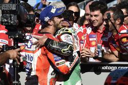 1. Andrea Dovizioso, Ducati Team, mit Cal Crutchlow, Team LCR Honda