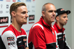 Marco Melandri, Ducati Team, Chaz Davies, Ducati Team, Ernesto Marinelli, directeur du projet Ducati Superbike