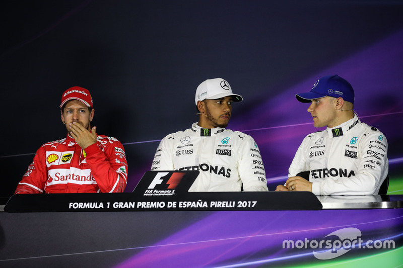 Sebastian Vettel, Ferrari, pole sitter Lewis Hamilton, Mercedes AMG F1 and Valtteri Bottas, Mercedes AMG F1 in the Press Conference