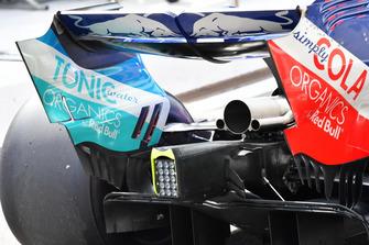 Scuderia Toro Rosso STR13 exhaust