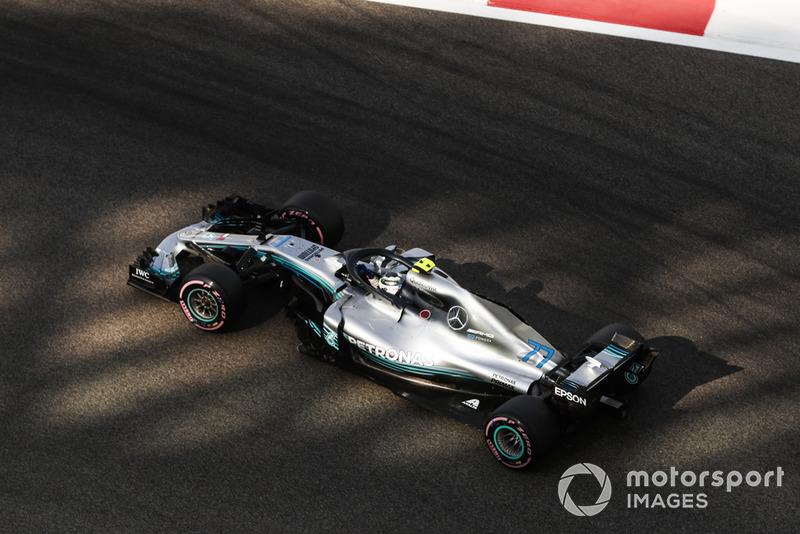 2: Valtteri Bottas, Mercedes AMG F1 W09, 1'34.956