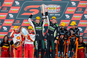 Podium: Scott McLaughlin, Alexandre Premat, DJR Team Penske Ford Craig Lowndes, Steven Richards, Triple Eight Race Engineering Holden Scott Pye, Warren Luff, Walkinshaw Andretti United Holden