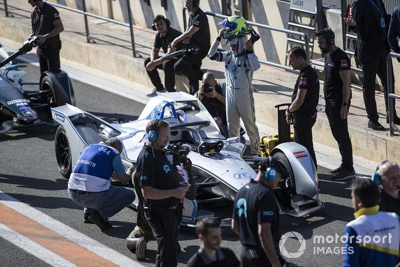 Felipe Massa, Venturi Formula E removes his helmet