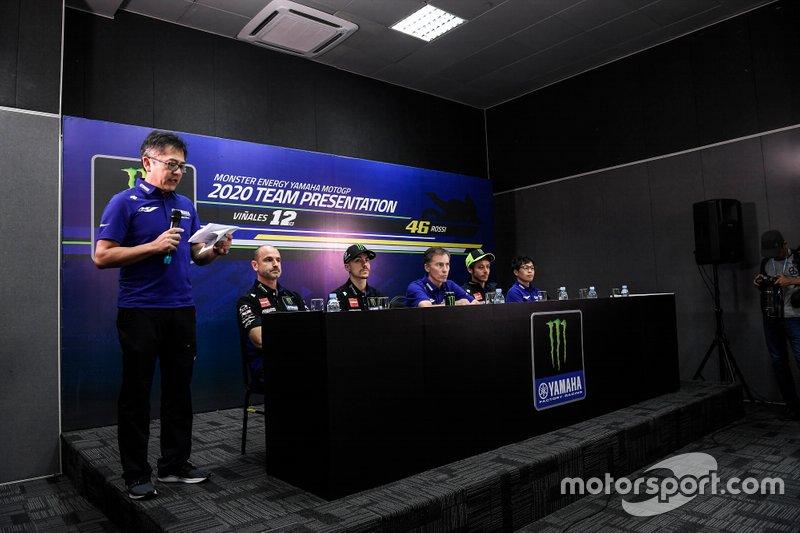 Yamaha Factory Racing bemutató